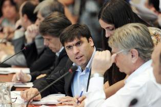 """Para Bossio las reformas se trabajan """"seria y responsablemente"""""""