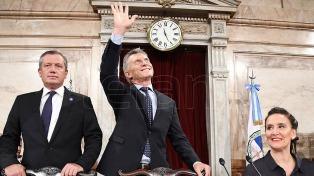 """Macri inauguró las sesiones ordinarias: """"Argentina se está poniendo de pie"""""""