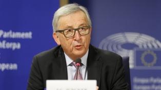 Juncker busca que la UE provea su propia defensa y se fortalezca