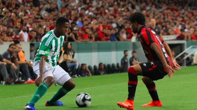 Coritiba- Atlético Paranense fue transmitido por Facebook  (Foto: Curitiba)