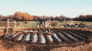 El retrato de un hombre solo y como en un limbo rural en un documental de Martin Farina