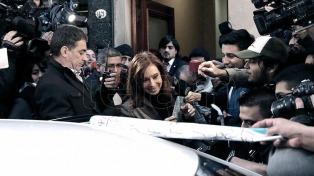 El fiscal pidió informes sobre los teléfonos de Cristina Kirchner, De Vido y Timerman