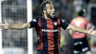 Belluschi regresó del seleccionado, practicó y será titular en San Juan