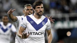 En la vuelta del fútbol, Vélez venció a Estudiantes y sumó tres puntos vitales