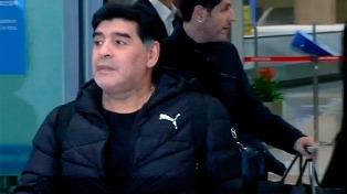 Maradona felicitó a Argentinos por el regreso a Primera