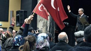 Por una ventaja mínima, se impuso el sí, y Erdogan podría ser presidente hasta 2029
