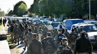 Quinientos policías buscan a los que no fueron localizados tras el recital del Indio Solari