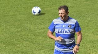 "Kudelka: ""Vamos a salir a atacar a Boca en la Bombonera"""