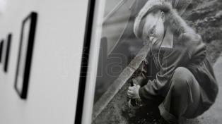Vivian Maier, la aficionada que dejó a su muerte 150.000 imágenes de una extraña belleza