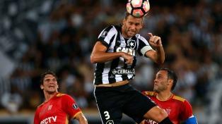 Estudiantes perdió frente a Botafogo en el debut