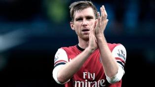 La broma de un hincha a un jugador del Arsenal se hizo viral