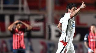 San Lorenzo perdió con Paranaense y puso en jaque su clasificación