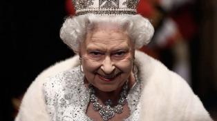 Isabel II recordó los ataques de Londres y Manchester en su discurso de Navidad