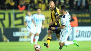 Atlético Tucumán perdió con Peñarol como visitante