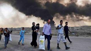 Unos 15.000 iraquíes huyen cada día de los combates de Mosul