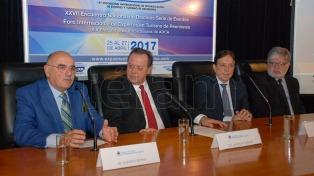 El ministro Santos lanzó Expoeventos y anunció 115 Congresos para los próximos dos años