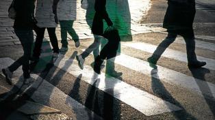 Un estudio alerta sobre el peligroso comportamiento de los peatones