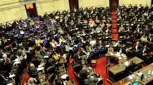 Diputados oficialistas buscarán sesionar este martes para manifestarse sobre Venezuela
