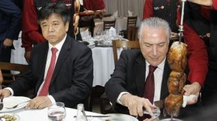 Temer busca revertir el embargo chino a la carne brasileña tras el escándalo