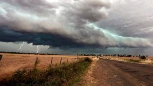 Alerta por temporales severos y lluvias intensas para zonas de Córdoba y Buenos Aires