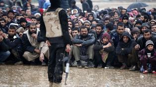 Sin alimentos ni electricidad, 400 mil personas siguen atrapadas en Mosul