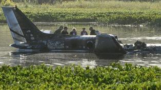 Familiares de las victimas denuncian falta de controles en la avioneta