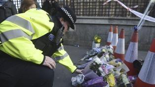 La policía reconstruye el pasado del atacante de Londres