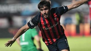 San Lorenzo goleó a Quilmes y alcanzó a Boca
