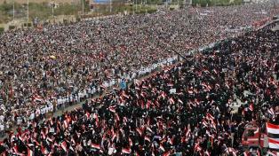 Una masiva protesta en Saná marcó el segundo aniversario de una guerra olvidada