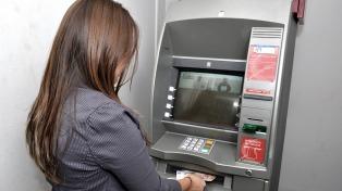 El 55% de las mujeres del mundo no accede a cuentas bancarias