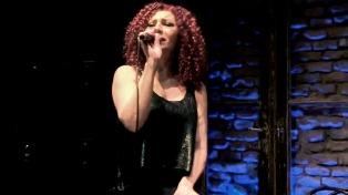 La cantora Patricia Noval se despide de Buenos Aires