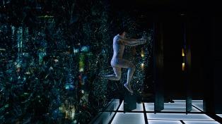 La extensión del espíritu humano y los peligros de la tecnología, en lo nuevo de Scarlett Johansson