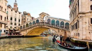 Venecia espera empezar a cobrar la entrada de turistas