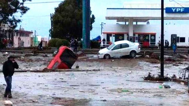 Miles de evacuados, cese de clases y cortes de rutas en cinco provincias por las lluvias