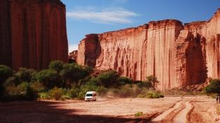 Con su rojo desierto, el Parque Nacional Talampaya aspira a ser Maravilla Argentina