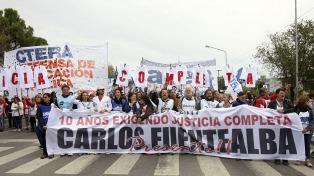 """Una multitud recordó a Fuentealba y exigió """"justicia completa"""""""
