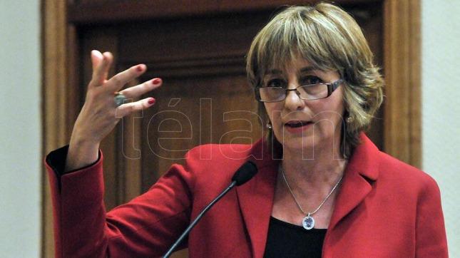 Fiscales cuestionaron desempeño de Gils Crabó ante comisión bicameral