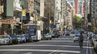 El 80% de los comercios de la ciudad abrió sus puertas pese al paro