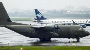 Un Hércules militar británico paró a cargar combustible en el aeropuerto de Porto Alegre