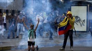 Diez muertos en intentos de saqueos en un barrio de Caracas