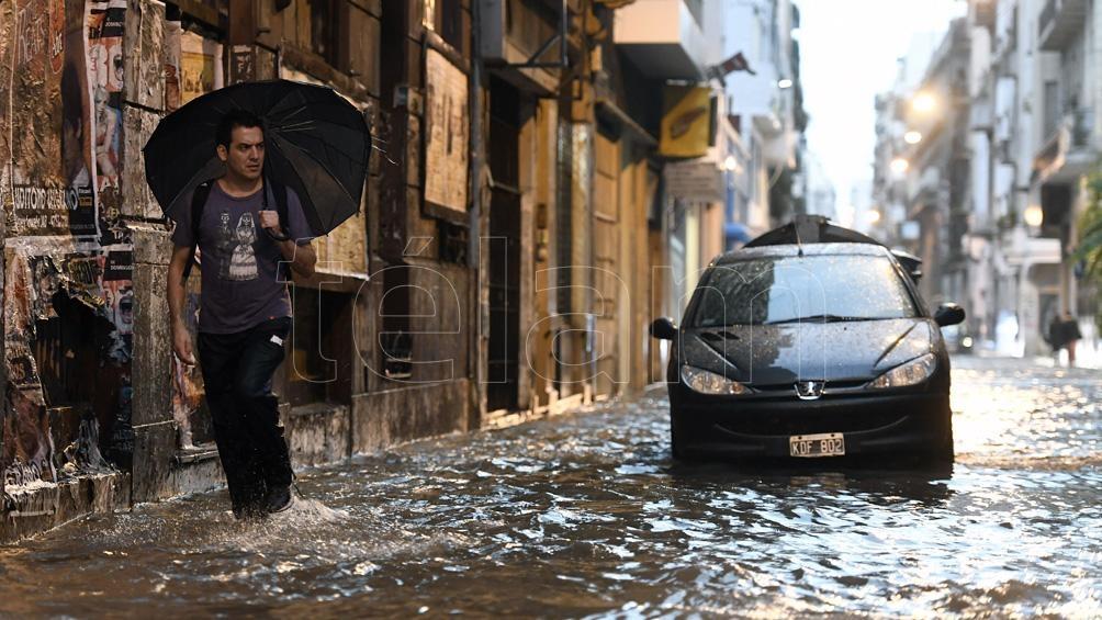 Fuerte temporal de granizo y lluvia en La Plata
