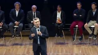 """Macri: """"Los gremios docentes en vez de dar el ejemplo de cumplir las normas, las violan y como reacción hacen un día de paro"""""""