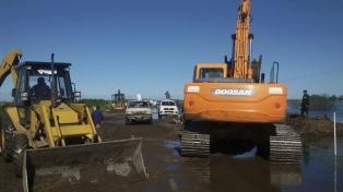 Cortan la ruta 188 para permitir el escurrimiento del agua que amenaza con inundar General Villegas