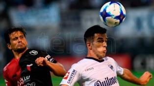 Colón venció a Quilmes, que tuvo el debut de Christian Díaz