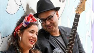 Robin Banerjee, el guitarrista que mantiene vivo el legado musical de Amy Winehouse