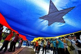 Detuvieron a los chavistas que quedaban en la embajada de Venezuela