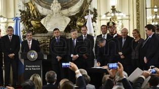 """Macri lanzó el Plan Energético Federal: """"Con los problemas sobre la mesa, la potencialidad va a surgir"""""""