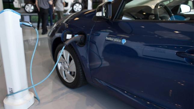 Resultado de imagen para 200 puestos de recarga para vehículos eléctricos en la red de estaciones de servicio