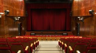 Los jóvenes y el teatro: una relación difícil y necesaria en busca de construir un público nuevo