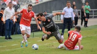 Estudiantes chocó con Marcos Díaz y no pudo arrimarse a Boca